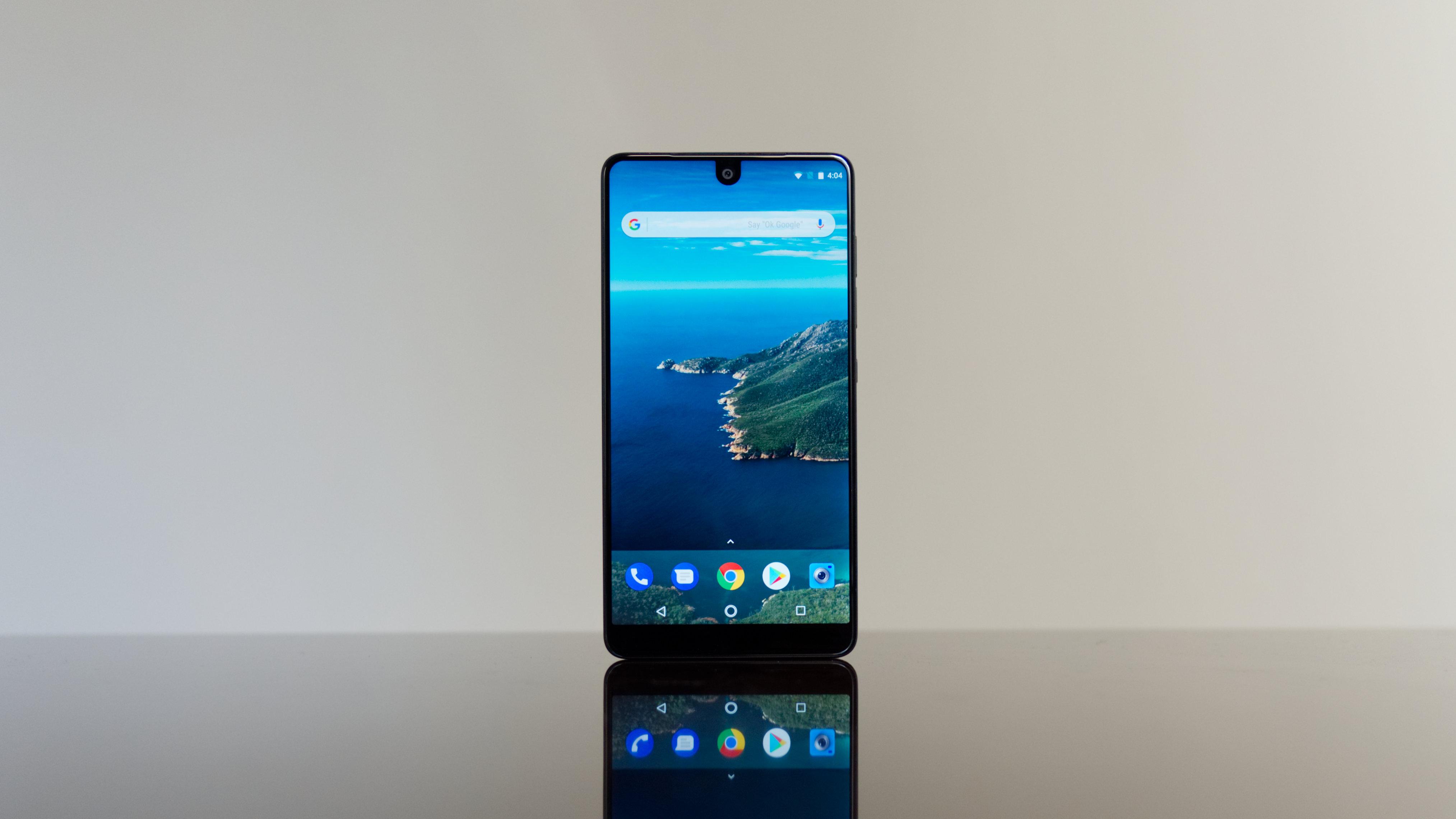 Essential Phone обновится до Android Q