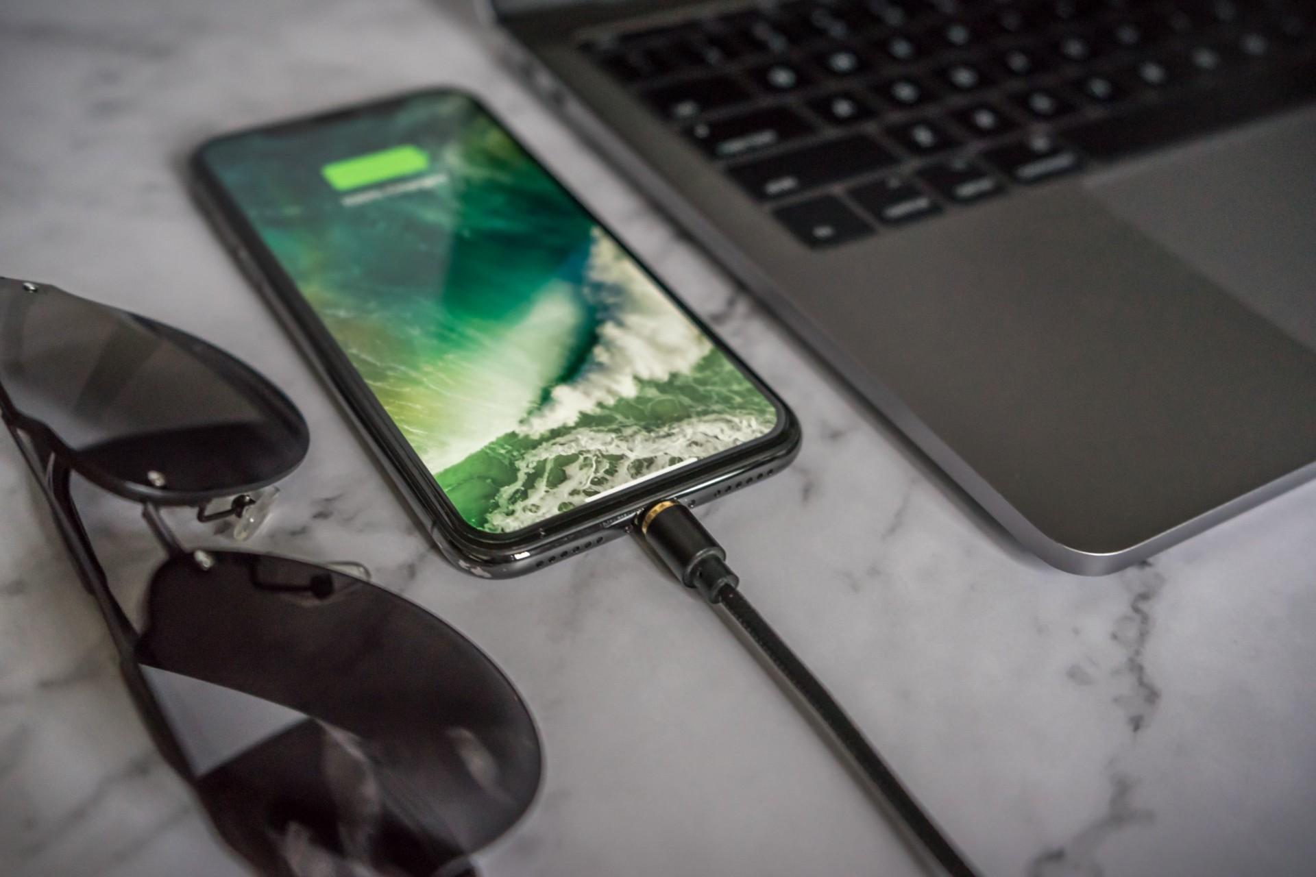 Универсальный кабель для зарядки всех устройств