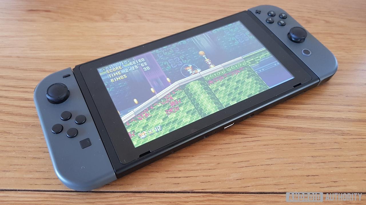 Возможно, что Nintendo создают новую, уменьшенную и более доступную Switch
