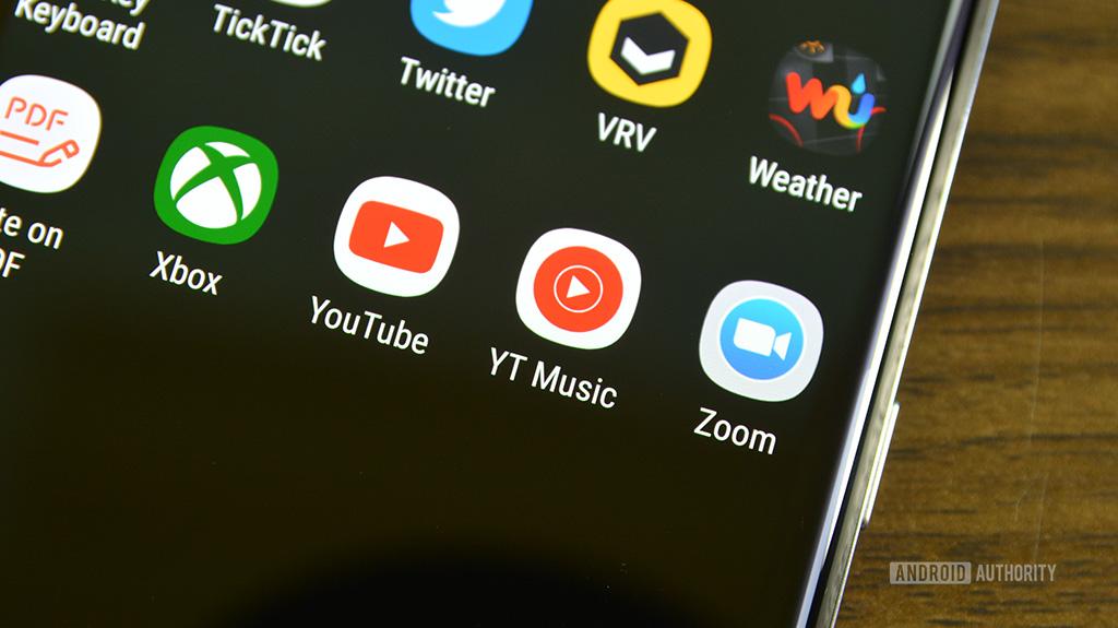 Теперь вы можете использовать YouTube Music с Android Auto