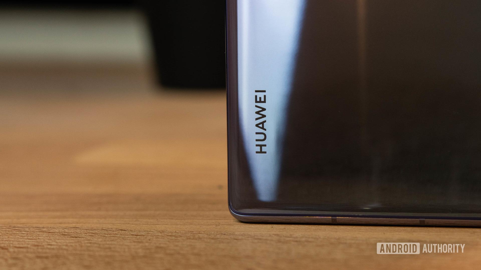 Huawei считают, что они могут оставаться на лидирующих местах даже без служб Google