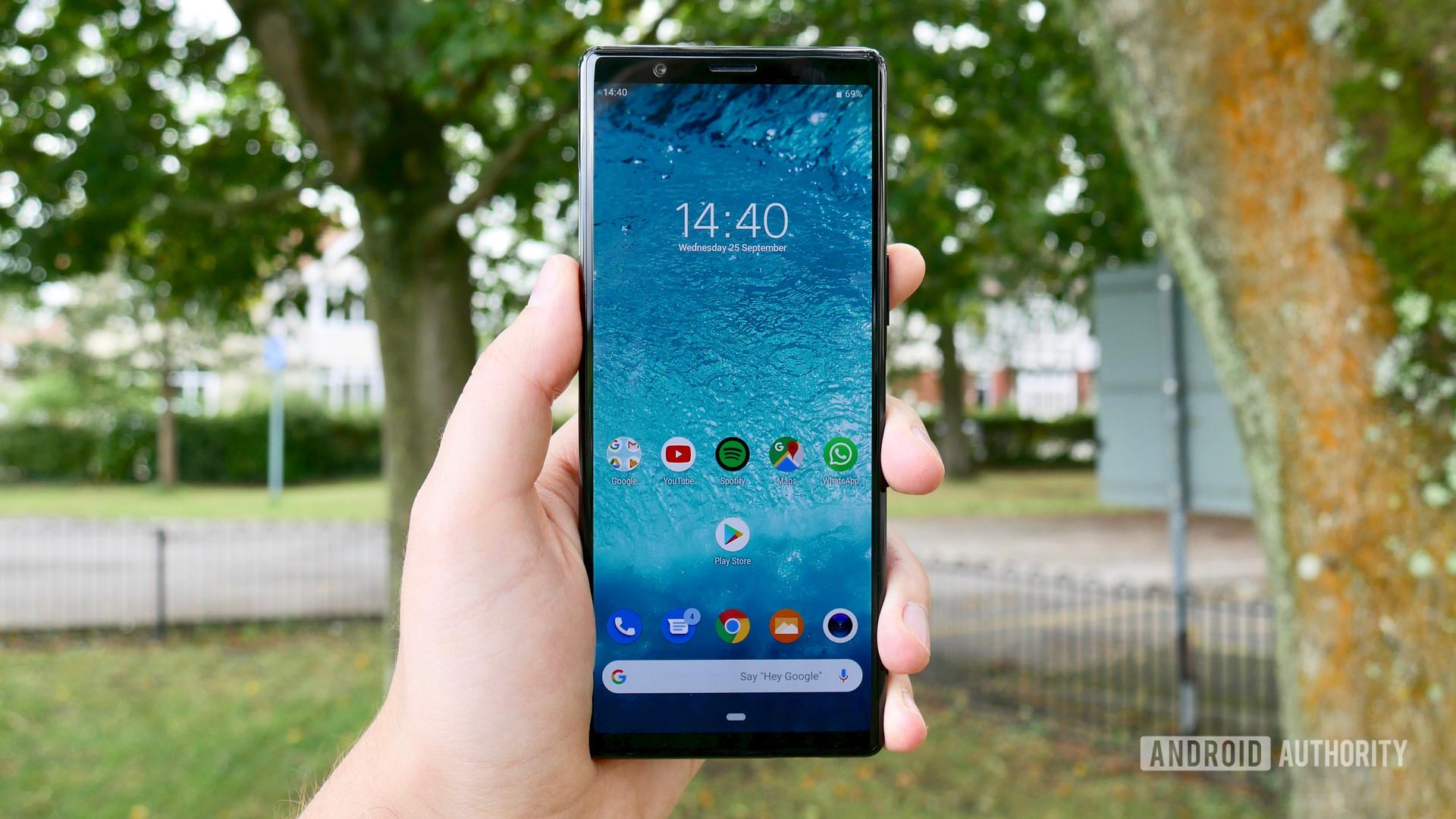 Sony наконец-то объявили, какие телефоны серии Xperia получат Android 10