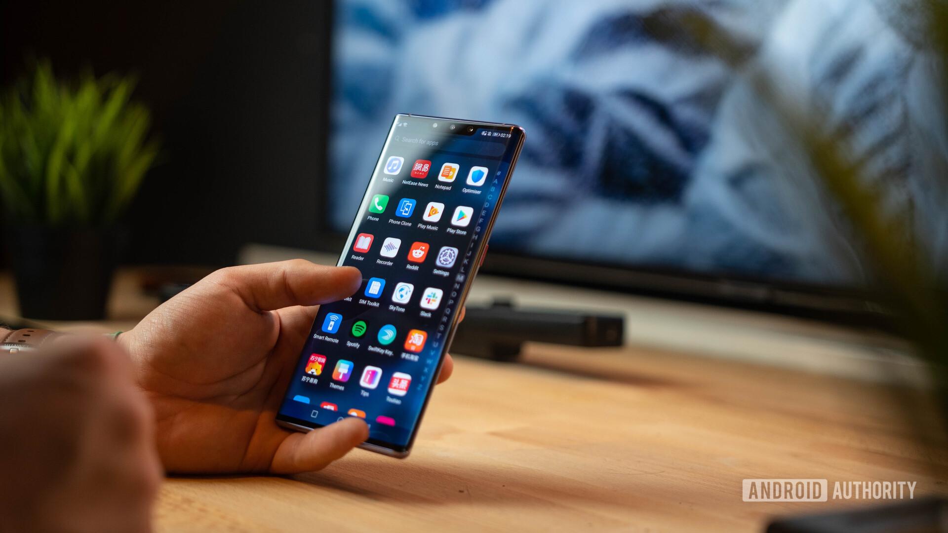 Huawei заявили, что некоторые из их приложений для замены сервисов Google будут доступны к концу года