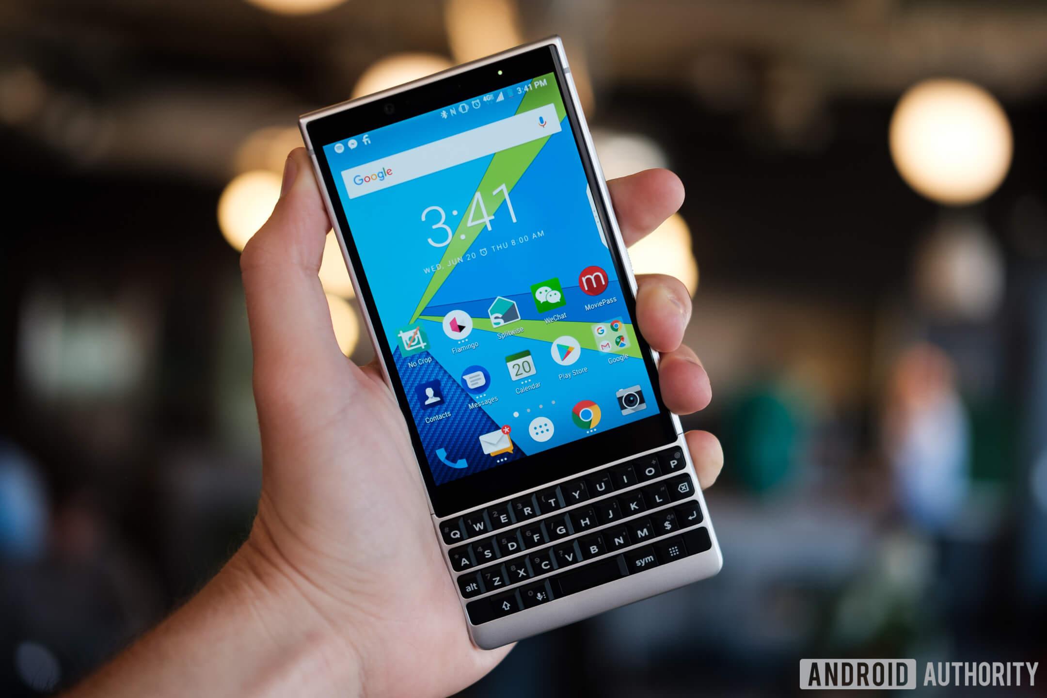 Телефоны под брендом BlackBerry больше не будут производиться TCL